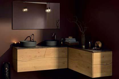 salle de bain en bois massif et vasque noir - Sanijura